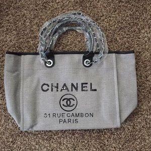 Chanel rue tote shopping bag